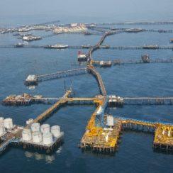 Азербайджанские нефтяные платформы