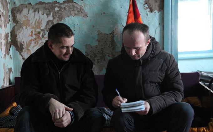 Семья Мартенс вызвала к себе большой интерес со стороны СМИ. Фото Александра Крытцева