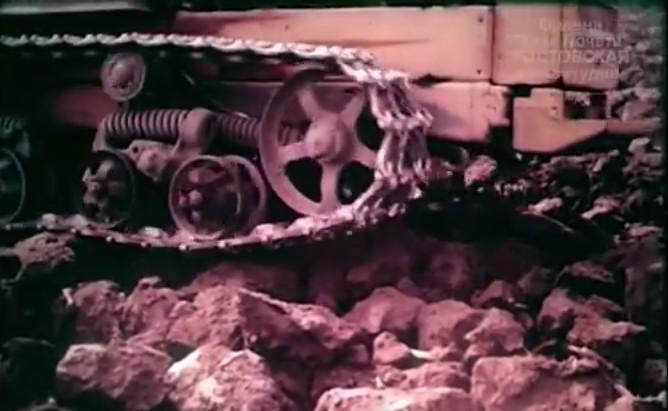 Железные всходы, кадр из документального фильма, Ростовская киностудия, 1987 год