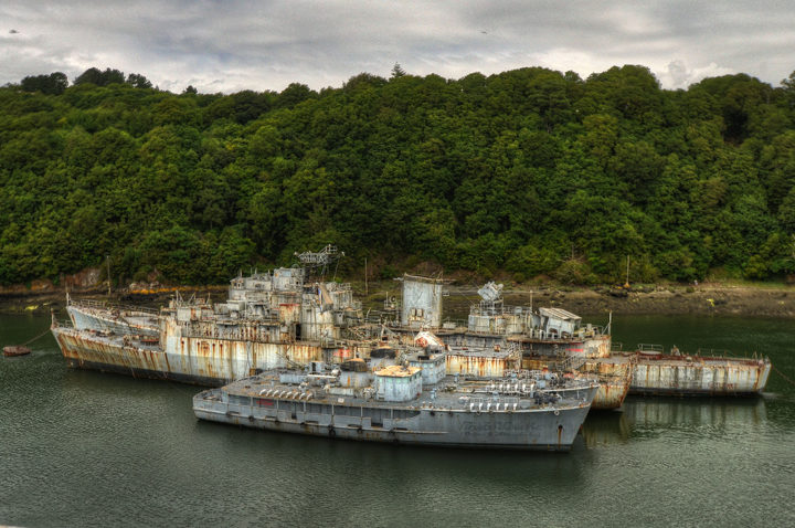 Кладбище заброшенных кораблей.
