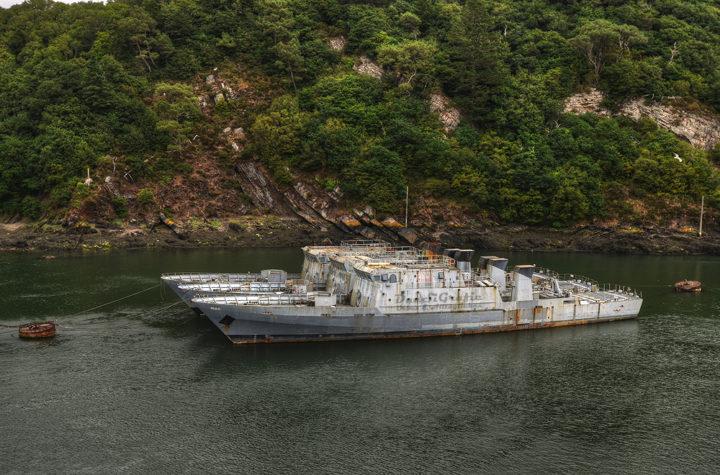 Кладбище кораблей ВМФ, предположительно Франция.