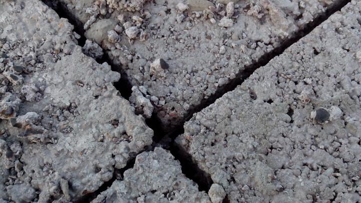 Незаполненные раствором вертикальные швы кладки