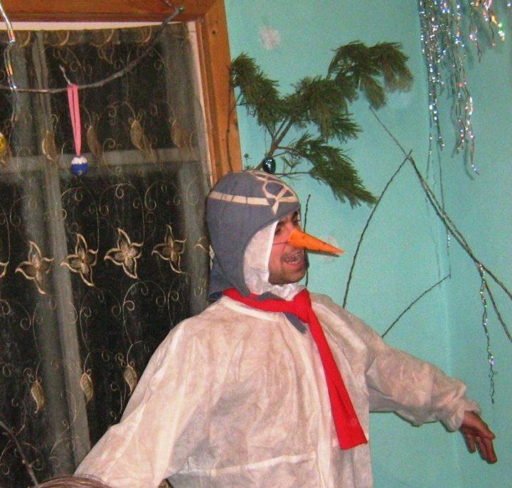 Снеговик, встреча Нового года в РП Радужное у Медведицы / http://raduzhnoe-npn.ucoz.ru/