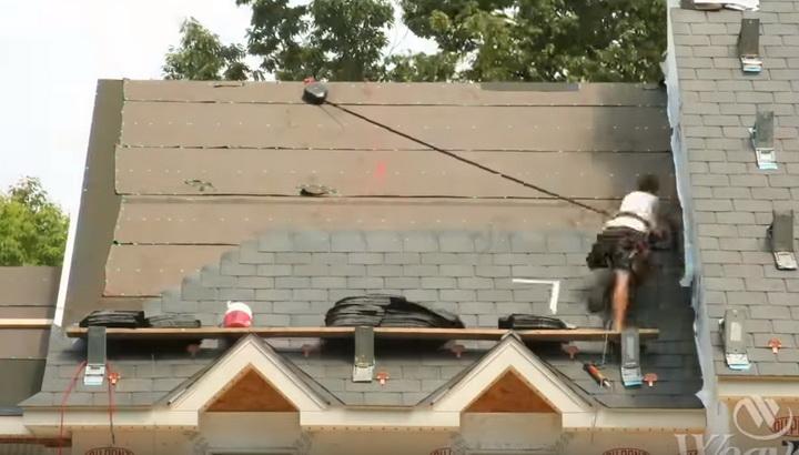 Инерционная страховка, кадр из таймлапса / (с) Weaver Homes, 2011 год