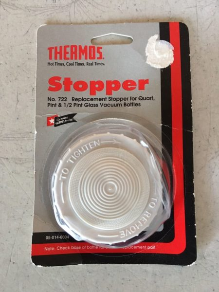 Оригинальная запасная пробка (Replacement stopper) для термоса марки Thermos моделей Quart и Pint. Для моделей Stainless King найти не удалось.